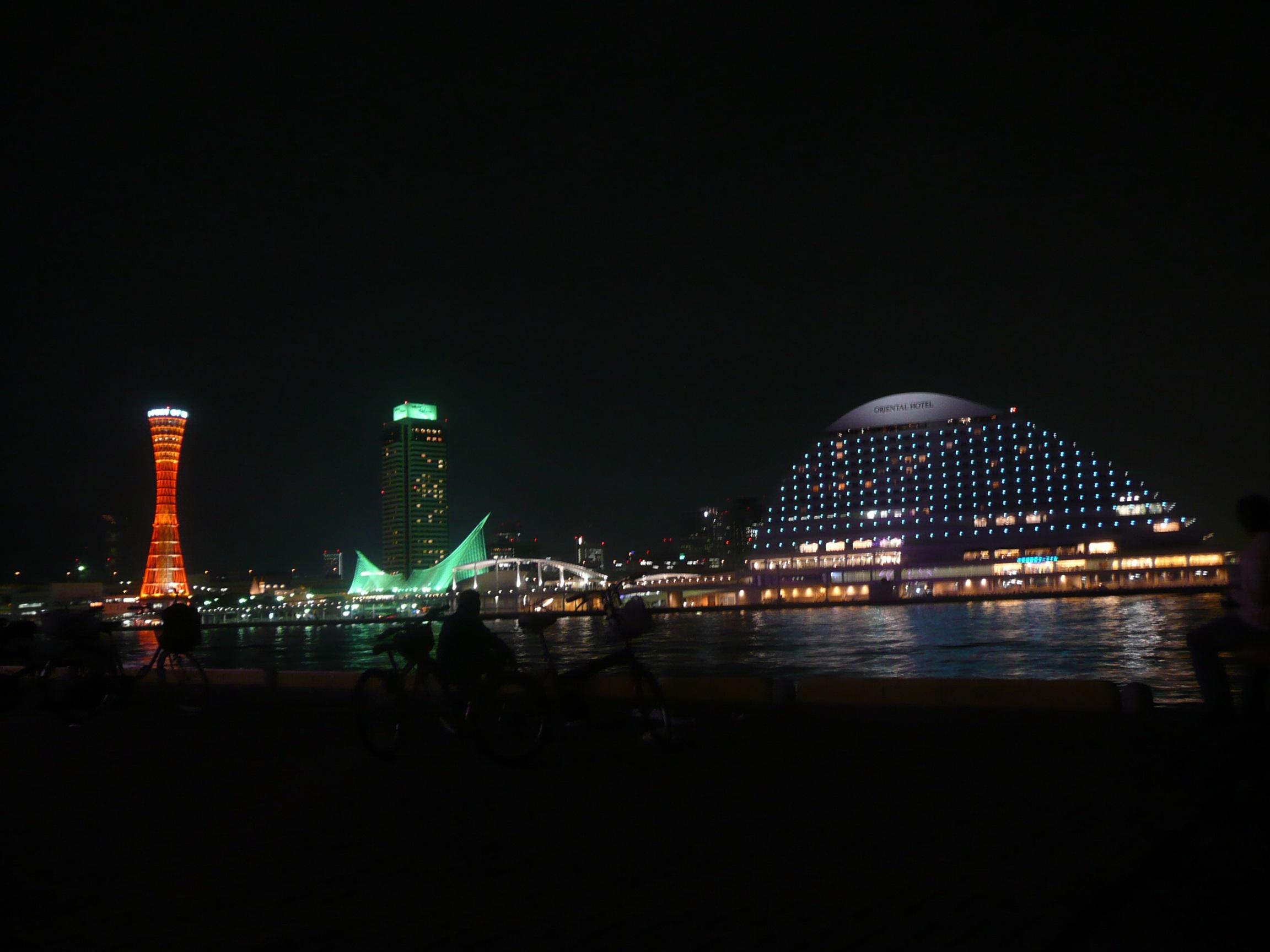 神戸をお写んぽ、中華街、メディテラス、ハーバーランド