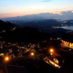台北から九份は鉄道がオススメ。瑞芳からバス。九份の夕景夜景がほんと凄かった!