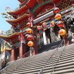 「世界ネコ歩き」などで猫寺として有名になった「義天宮」