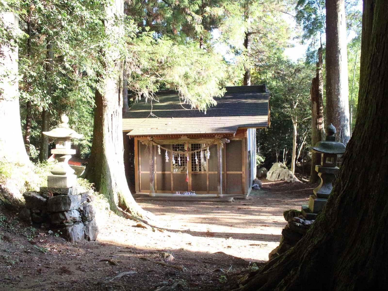 十二支神社の本殿