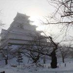 これが本当の鶴ヶ城の姿だ!雪の若松城と城下町