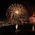 怪しすぎる「熱海城」から見る盛大すぎる花火!