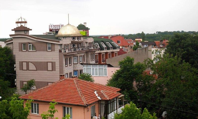 エディルネの街を見下ろす