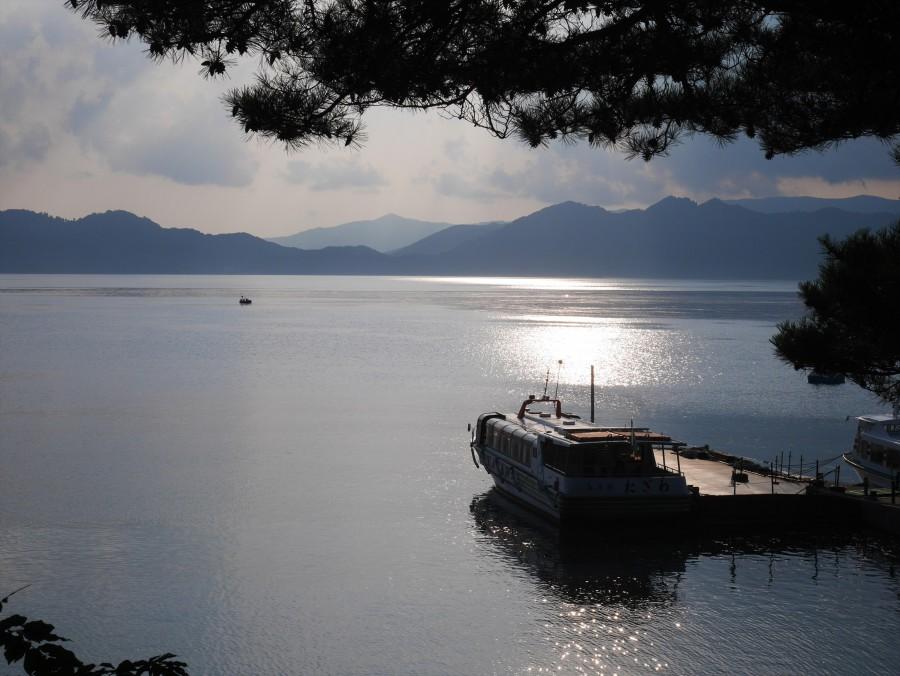 田沢湖の船乗り場