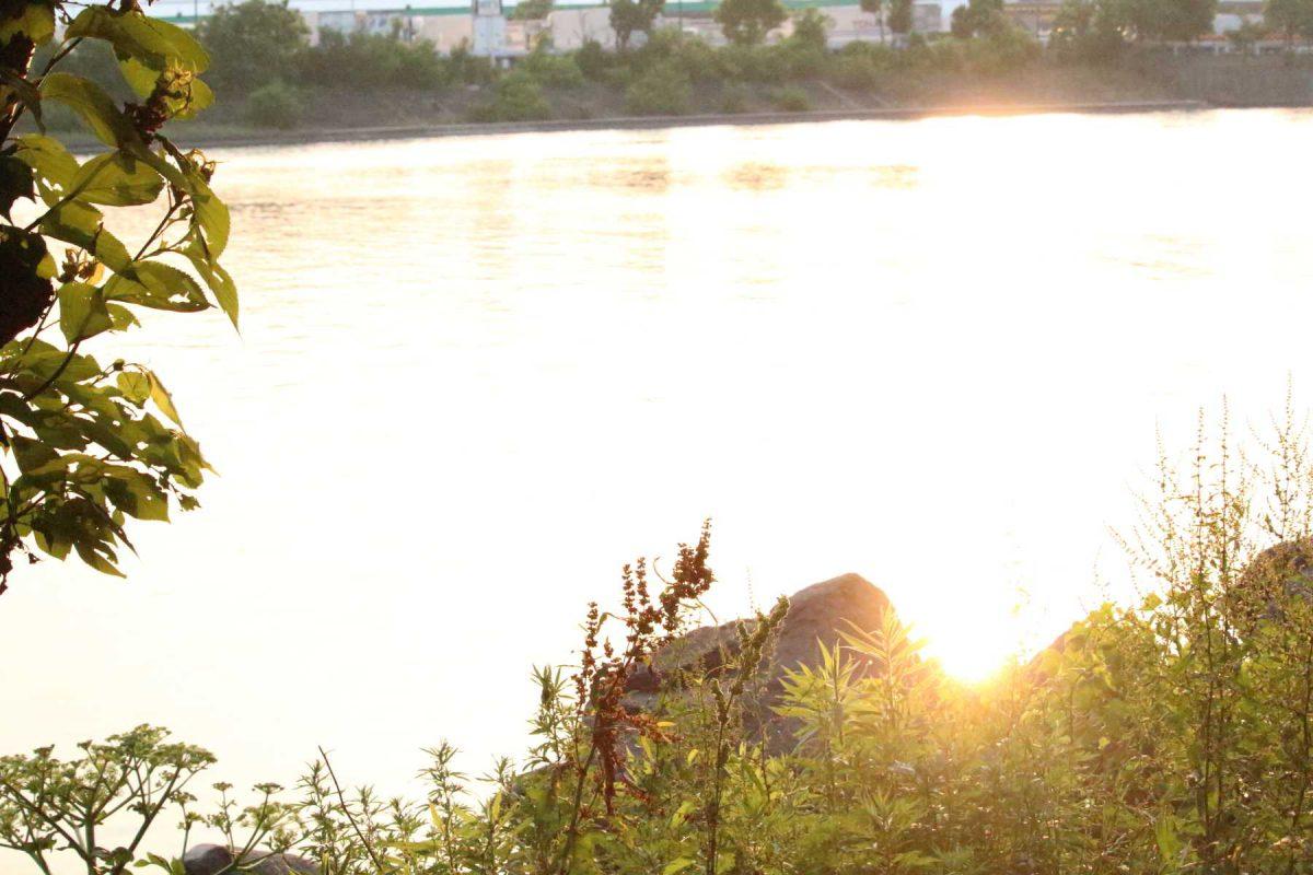 夕焼けの京浜運河