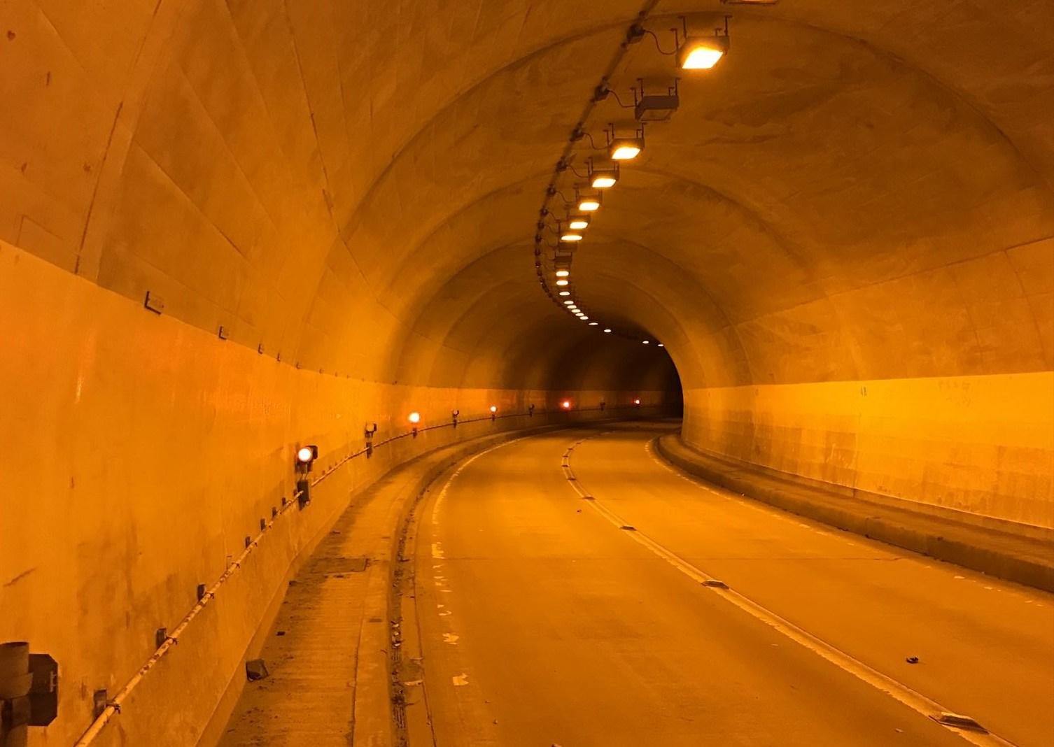 奥秩父のトンネル