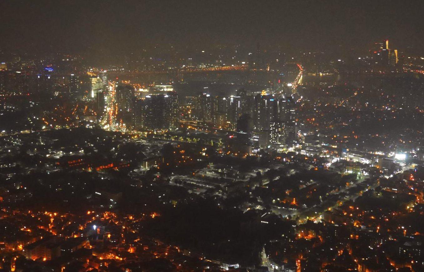南山タワー(ナムザンタワー)からの夜景
