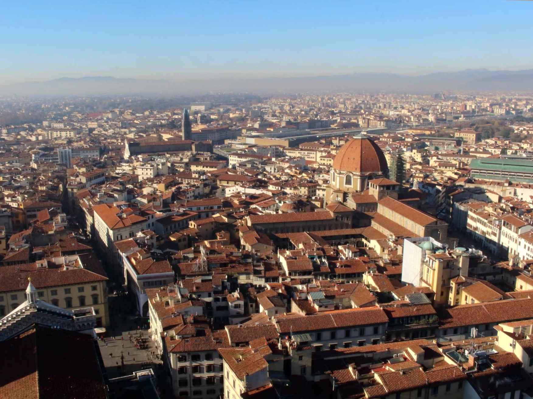 ドゥオーモから見たフィレンツェ