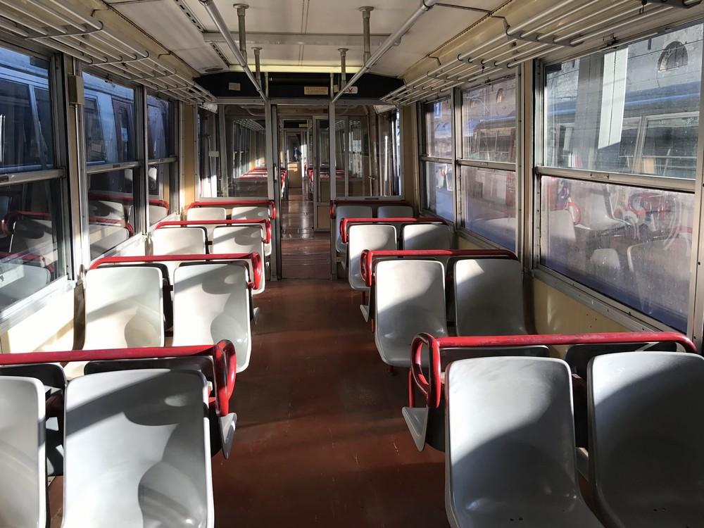 ベスビオ周遊鉄道の電車内