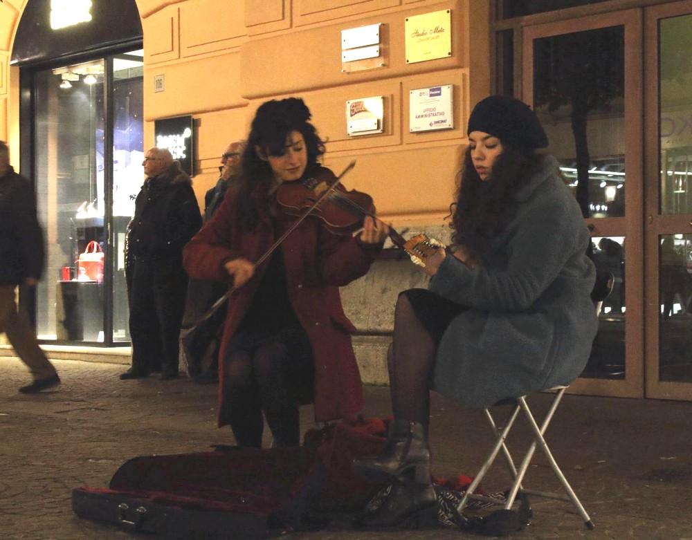 サレルノのストリートパフォーマー