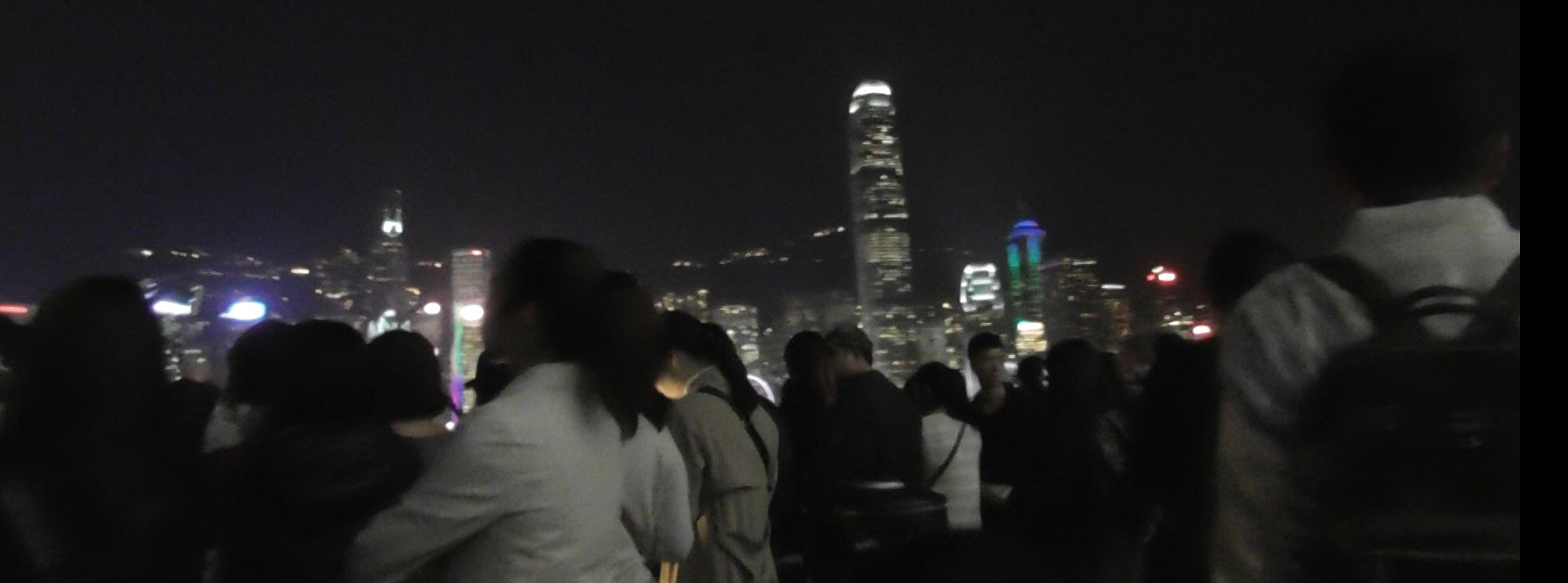 香港でポケGOをやる人々