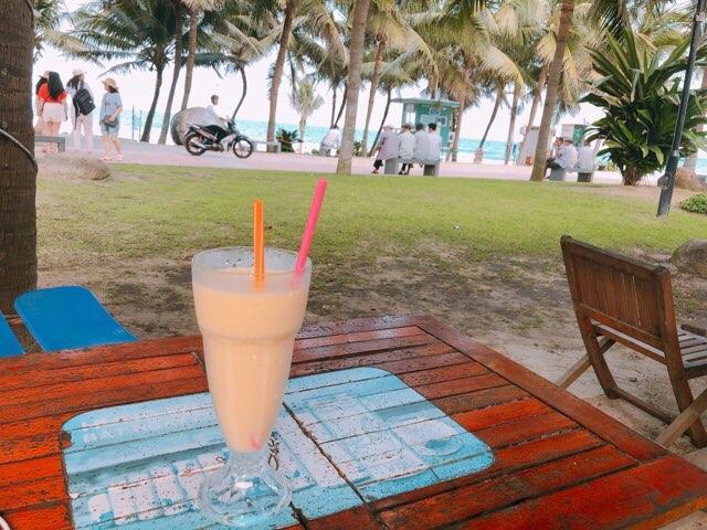 ミーケビーチのマンゴーヨーグルト