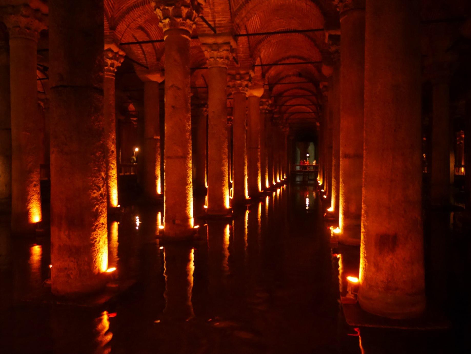 地下宮殿(イェレバタン貯水池)