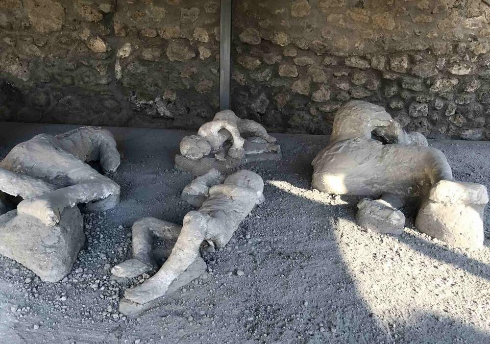ポンペイ遺跡石膏遺体