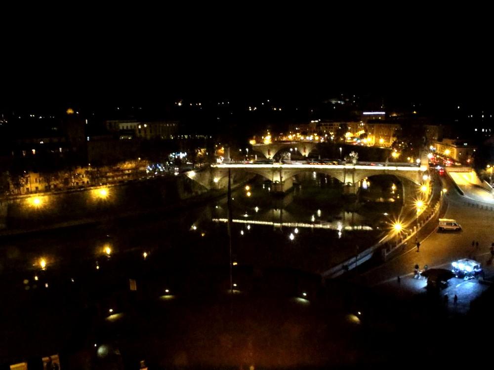 ローマの夜景