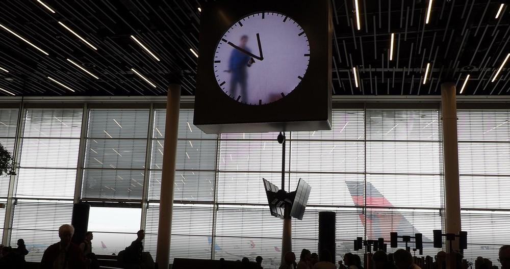 スキポール空港の時計1