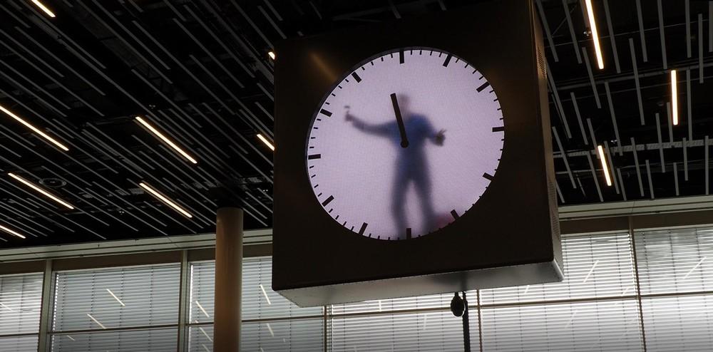 スキポール空港の時計3